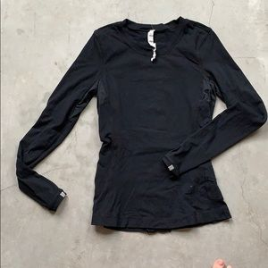 Black Thermal Long Sleeve Top w/Ruffle on back